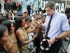 Steven Donziger, attorney for the affected communities, speaks with Huaorani women outside Lago Agrio's Superior Court at the start of the Chevron trial on October 21, 2003.
